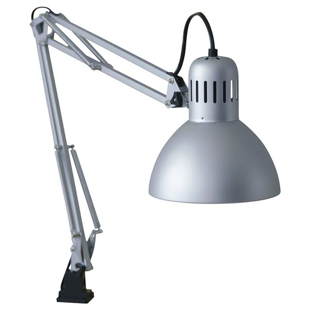 Lampu meja IKEA