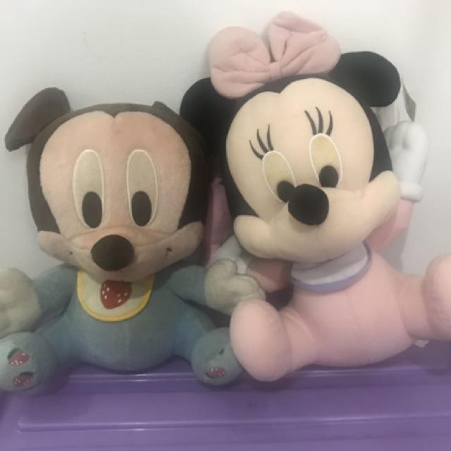 Mickey and minnie pair