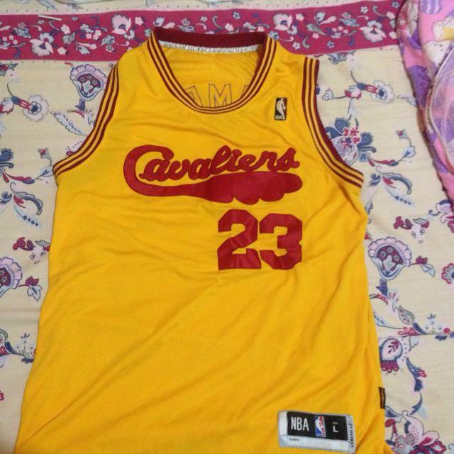 NBA SWINGMAN JERSEY (CURRY ALL STAR 2016) and (LEBRON Alternate jersey)
