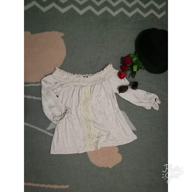366d9b36fc31a Off Shoulder Boho Style Top By Rue 21 (small) on Carousell