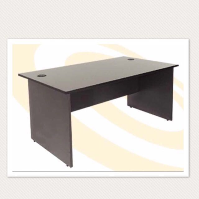 Office/study Table laminated wood