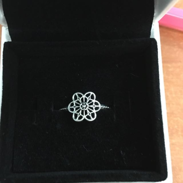 Pandora floral lace ring