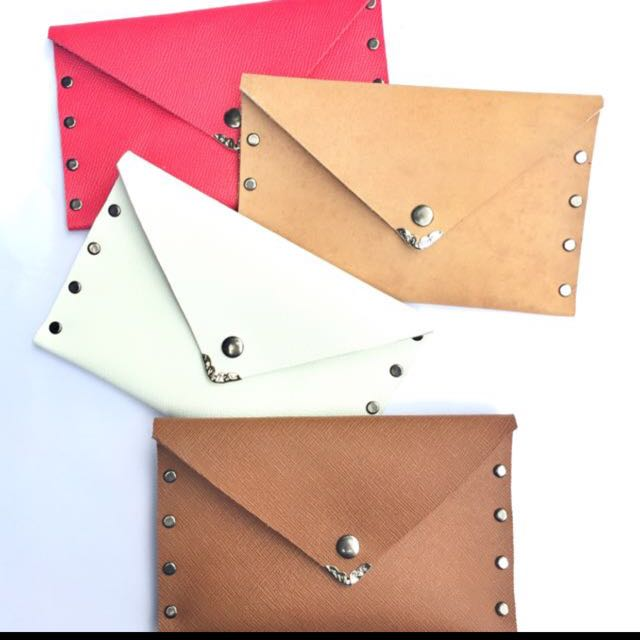 Personalized leather waller