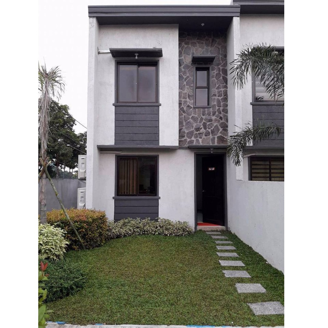 Quality And Affordable Townhouse RESIDENCIA REGINA BRGY