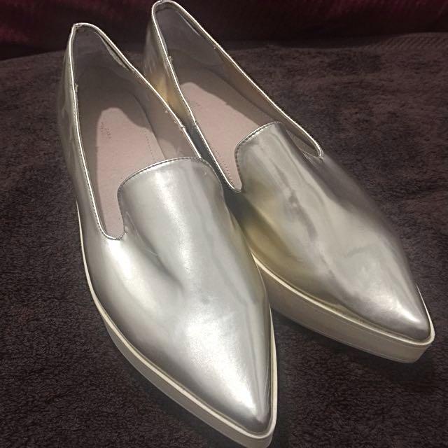 Sara Gold Shoes