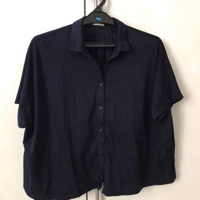 USED - GU Shirt (Japanese Brand under one company same as UNIQLO)