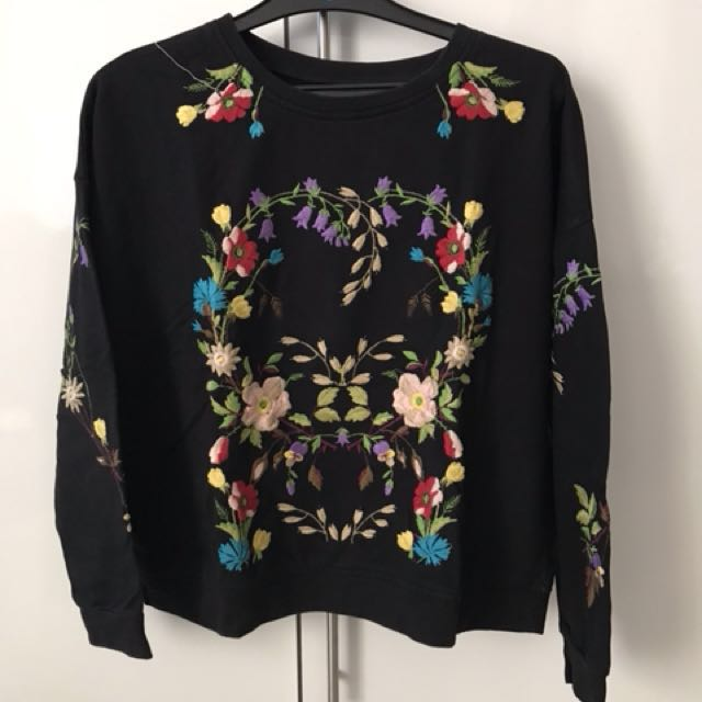 USED - Topshop Floral Sweater