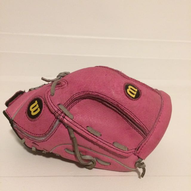 Wilson pink baseball glove