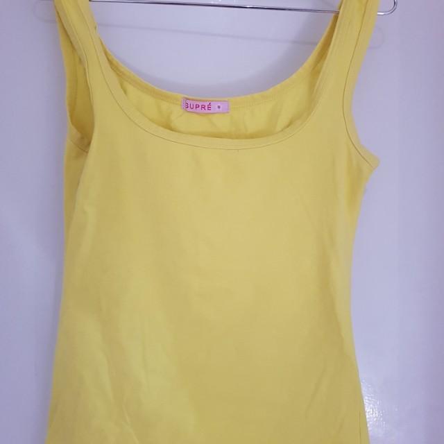 Yellow singlet small
