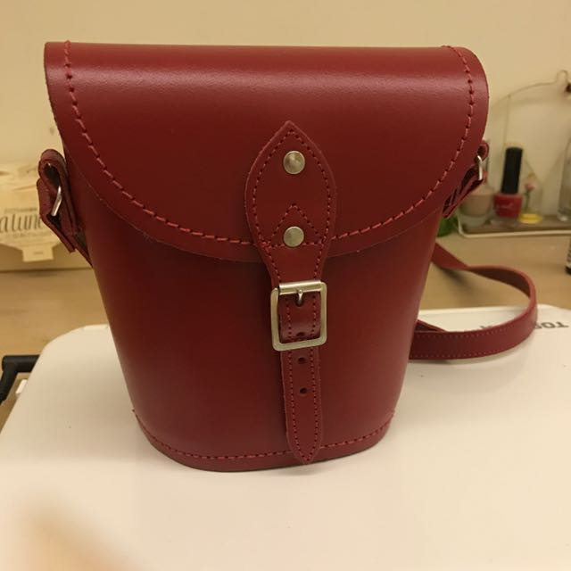 Zatchels Red Leather Barrel Bag