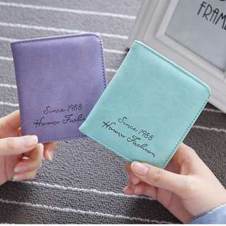 Womens short wallet