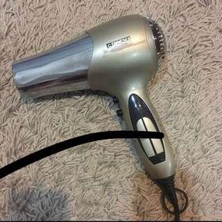 Hair dryer / blower