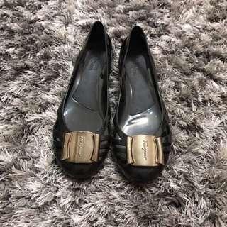 🚚 菲拉格慕經典鞋款