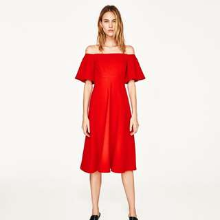 Zara red off-the shoulder midi dress - Size M