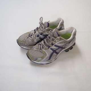 Women's purple and white ASICS runners, size 8