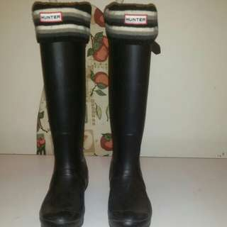 Winter hunter boots size 8 womens