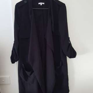 Valleygirl black thin trench - size S
