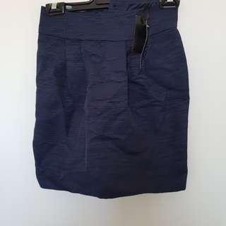 Forever New navy skirt size 4