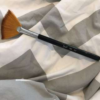 Sigma fan 141 brush