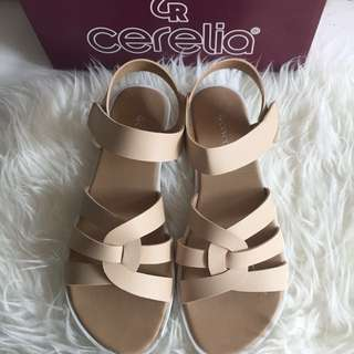 Sandal cerelia