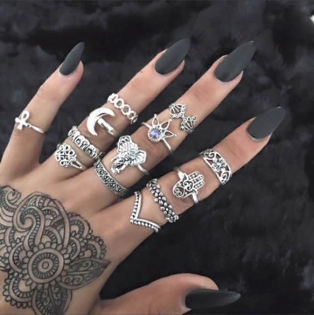 13 piece set of rings!
