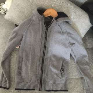GoodCondition knitted jumper n bought from breaker