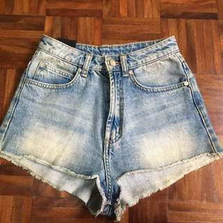 Insight denim shorts size 6