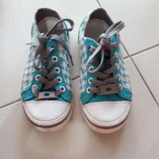 Shoes crocs authetic