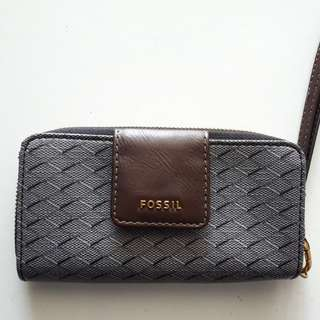 Fossil Madison Long Wallet NWOT