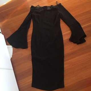 Bardot size 8 Black off the Shoulder Midi