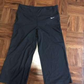 3/4 Nike tights