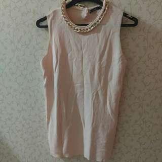 Zara 鎖鏈造型 合身 粉色上衣