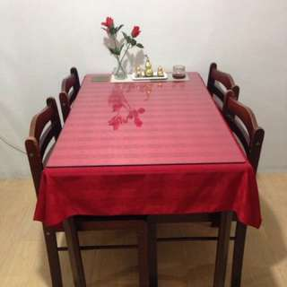 4 seater square table with glass