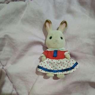 Sister white rabbit sylvanian