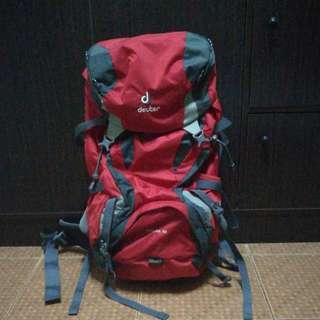 Deuter Futura 32L hiking bag