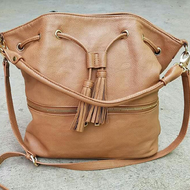 Authentic Fredy Emue brown leather bucket bag