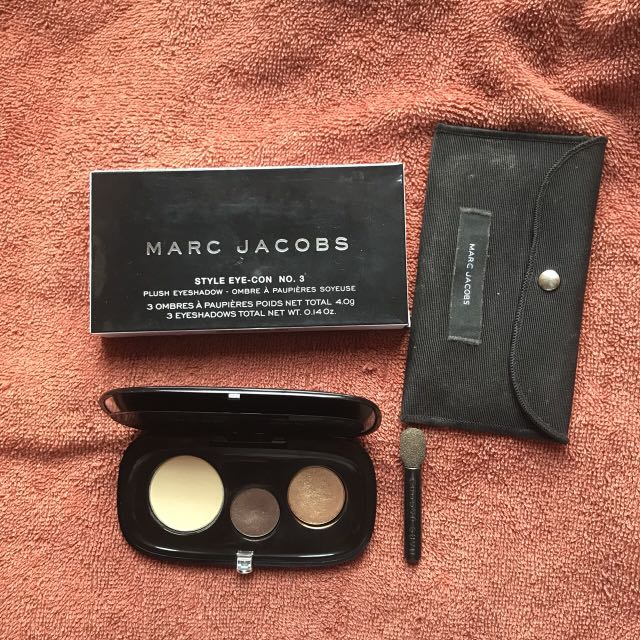 Authentic preloved marc jacobs eye shadow
