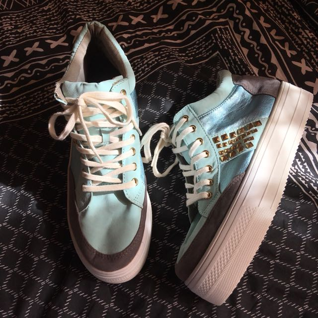 ava & ever city beach flatform sneakers with studs, women's size 9