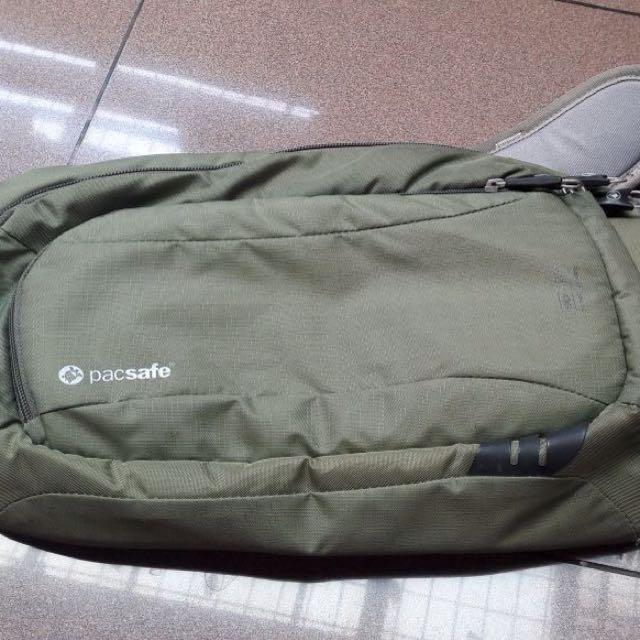 Bag Pacsafe