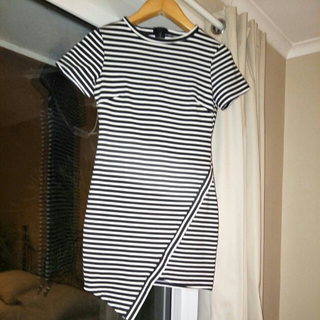 Black & White Striped Dress S10