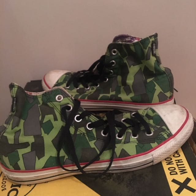 Converse - Gorillaz limited edition. Size 8