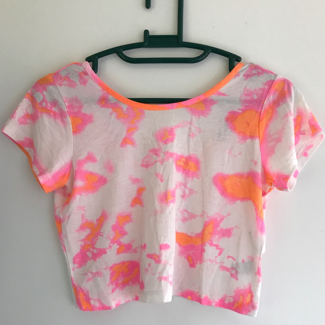 Groovy crop top with warped fluoro spots