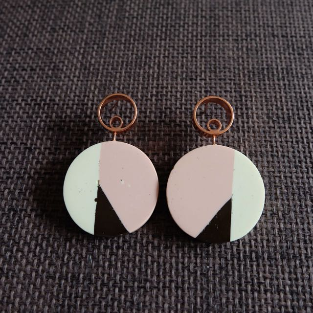 Massicot Earrings