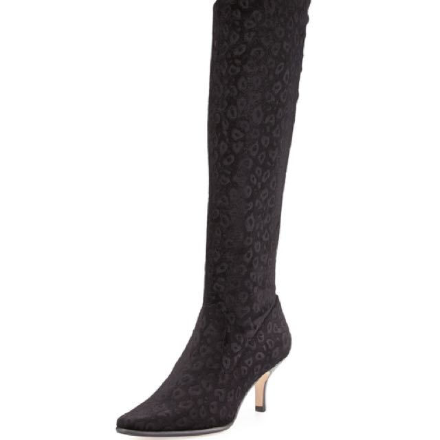 New Donald Pliner Luca Stretch Suede Boots