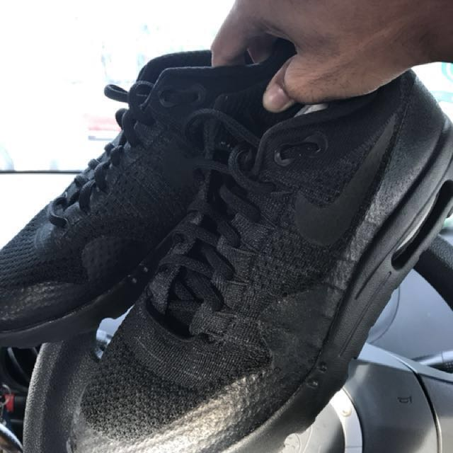 check out 4ae25 0401d Nike Airmax 1 Ultra Flyknit (Triple Black)