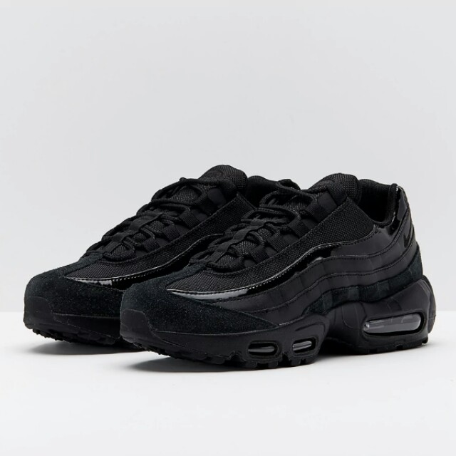 46c2675005 Nike Womens Air Max 95, Women's Fashion, Shoes on Carousell
