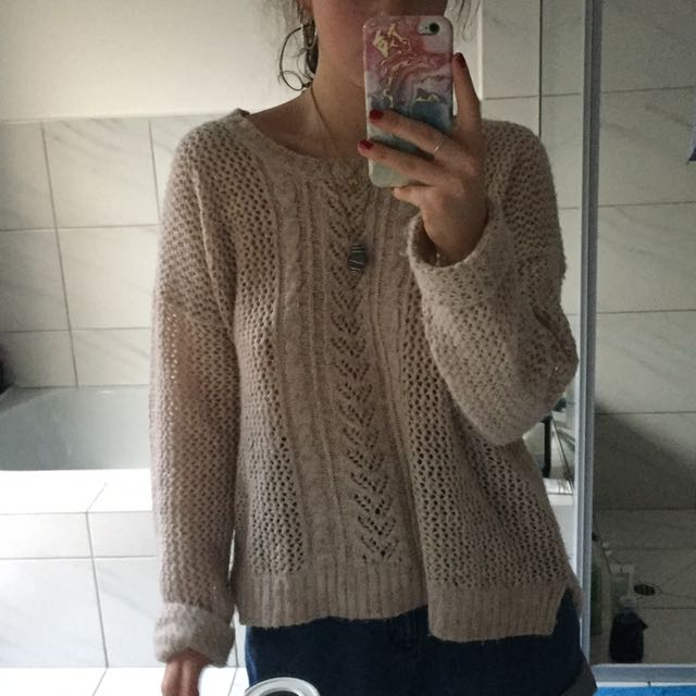 Oatmeal Cable Knit with fine gold threading