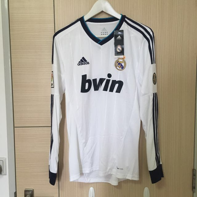 6e8cdf7a5 Real Madrid 2012 2013 Long Sleeve Brand New Size Small RARE