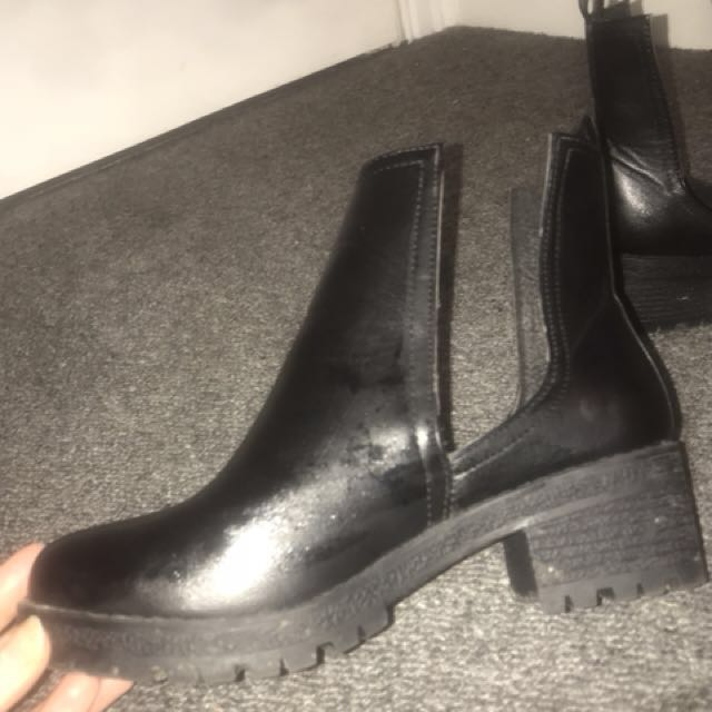 Rubi boots size 36