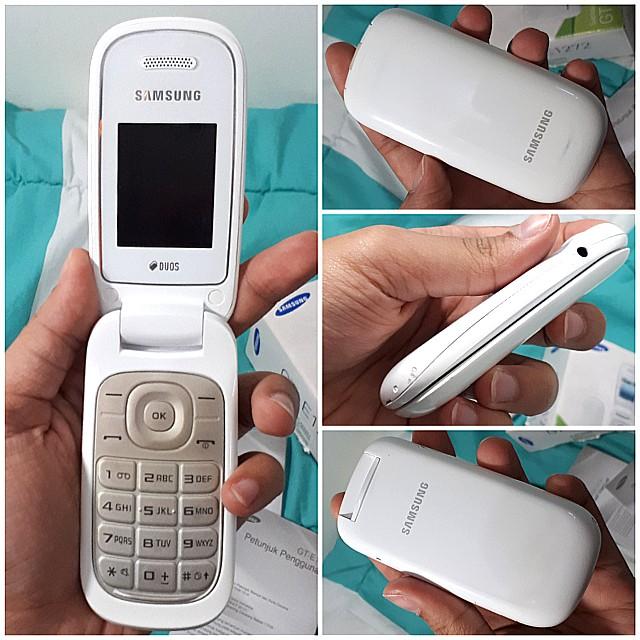 Samsung GT-E1272 White Dual SIM